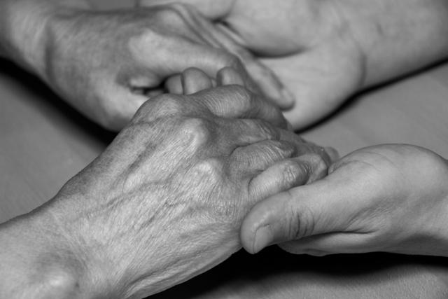 超高齢化社会をむかえる日本の介護