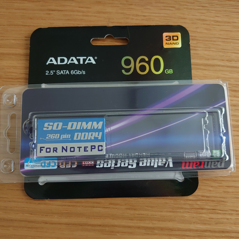 ADATA SU630 2.5inch SSD 960GBとCFD PC4-17000(DDR4-2133) 8GB 260pin